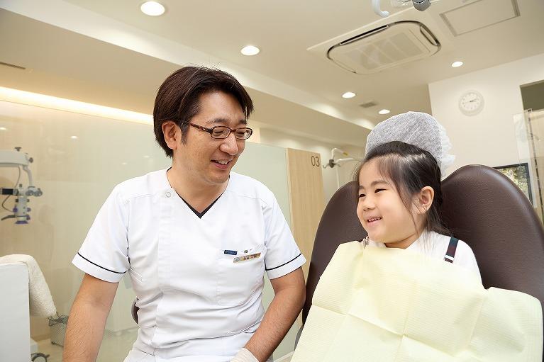 表面麻酔を行い、注射時の痛みを軽減させます